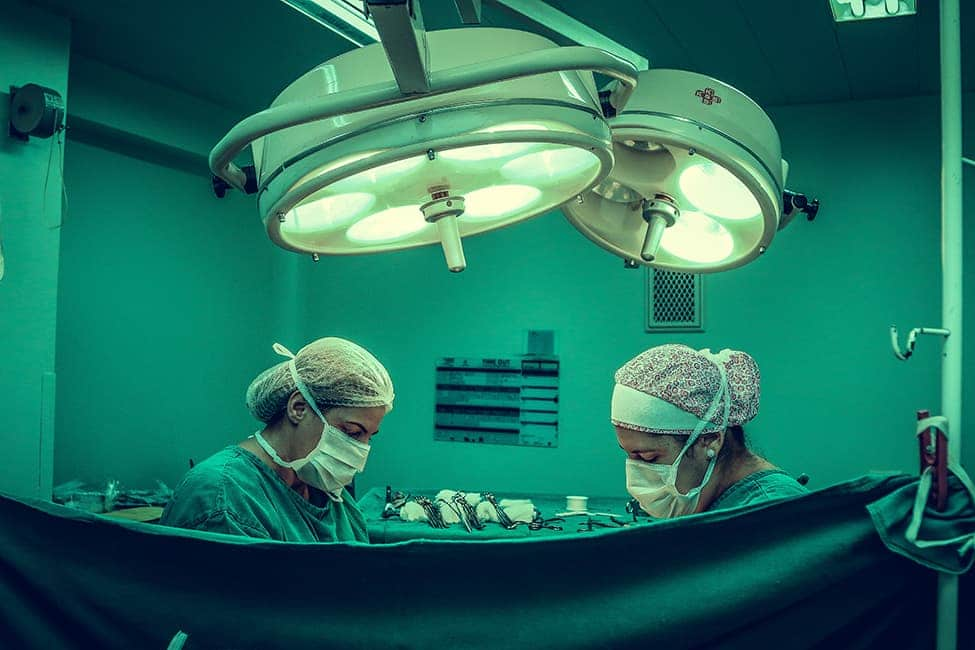 Factors to Consider Before Becoming a Living Organ Donor